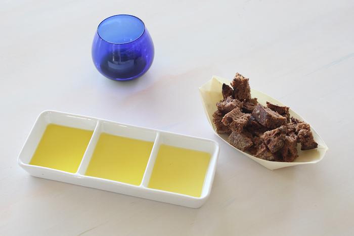 Cata de aceites de oliva virgen ecológico en OliOli Requena